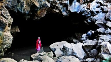 daniel-in-the-cave